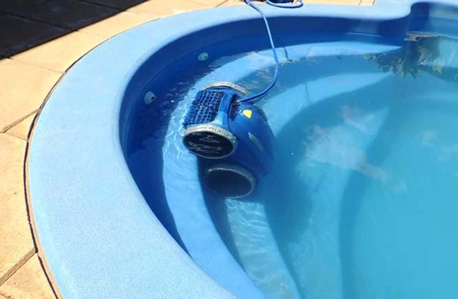 Robotic-Pool-Cleaners